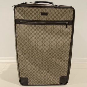Authentic Gucci Rolling Travel Carry On Luggage